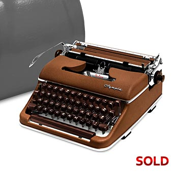 Brown 1958 Olympia SM3 De Luxe Manual Typewriter with Case (11 characters/inch) #1035