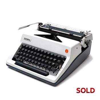 White 1976 Olympia SM9 Manual Typewriter with Case (Elite 11 characters/inch) #1136