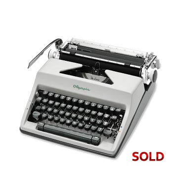 Gray 1968 Olympia SM9 De Luxe Manual Typewriter with Case (Pica 10 characters/inch) #1152