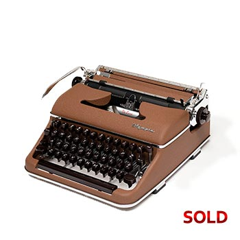 Brown 1958 Olympia SM3 De Luxe Manual Typewriter with Case (Pica 10 characters/inch) #1159