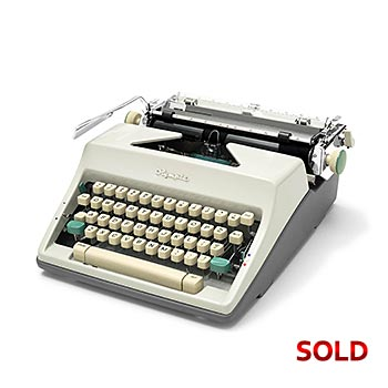 White 1966 Olympia SM9 De Luxe Manual Typewriter with Case (Elite 11 characters/inch) #1163
