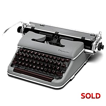 Gray 1956	Olympia	SM3 De Luxe (Wide Carriage) Manual Typewriter with Case