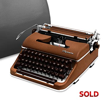 Brown 1960 Olympia SM4 S Manual Typewriter with Case