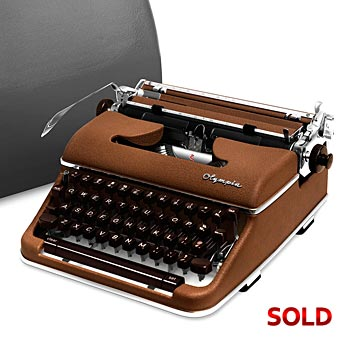 Brown 1961 Olympia SM4 S Manual Typewriter with Case