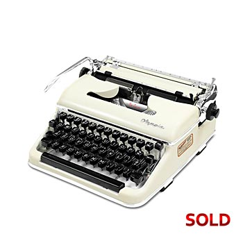 Ivory Cream 1956 Olympia SM3 De Luxe Manual Typewriter with Case (11 characters/inch)